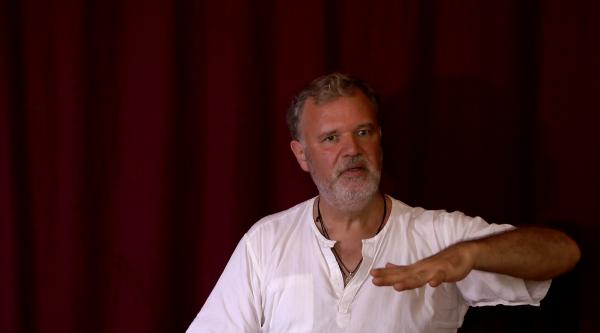Video – Die Suche nach Glück ist nicht die Suche nach Wahrheit